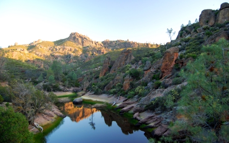 Hiking in Pinnacles National Park