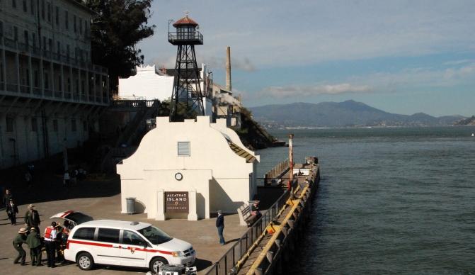 Alcatraz (72)