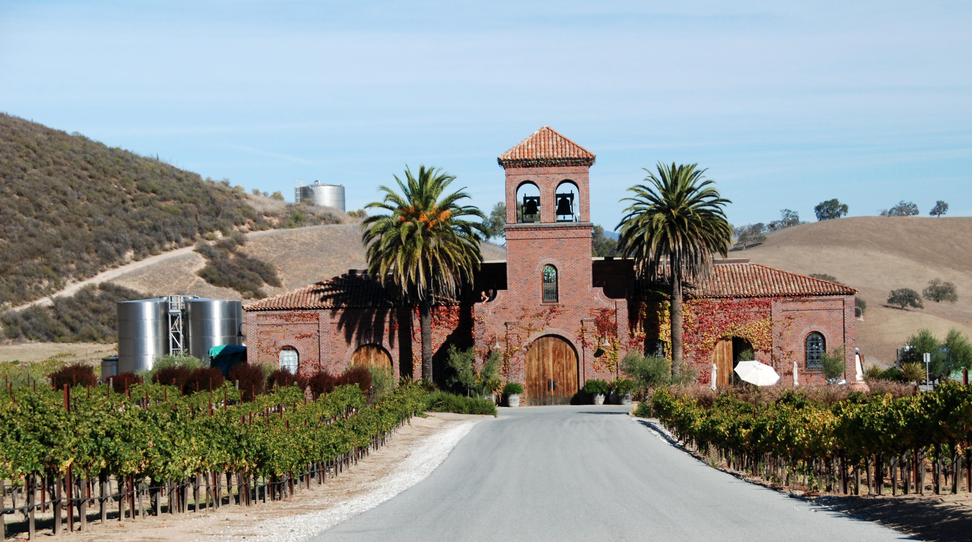 Pietra Santa Winery Near Hollister Shore Looks Nice