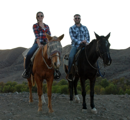 RV Activity, Horseback Riding in the Mountains