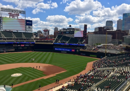 Twins Game (1)